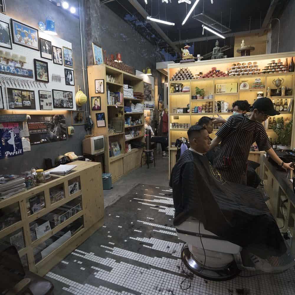 Tew's Barber Shop Bangkok Ekamai